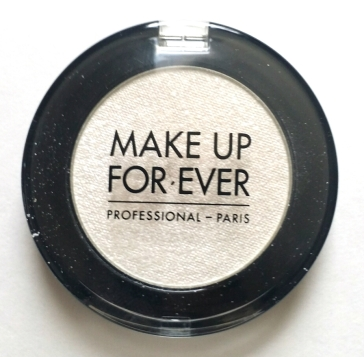 Make Up Forever Artist Shadow in D124 Crystalline White