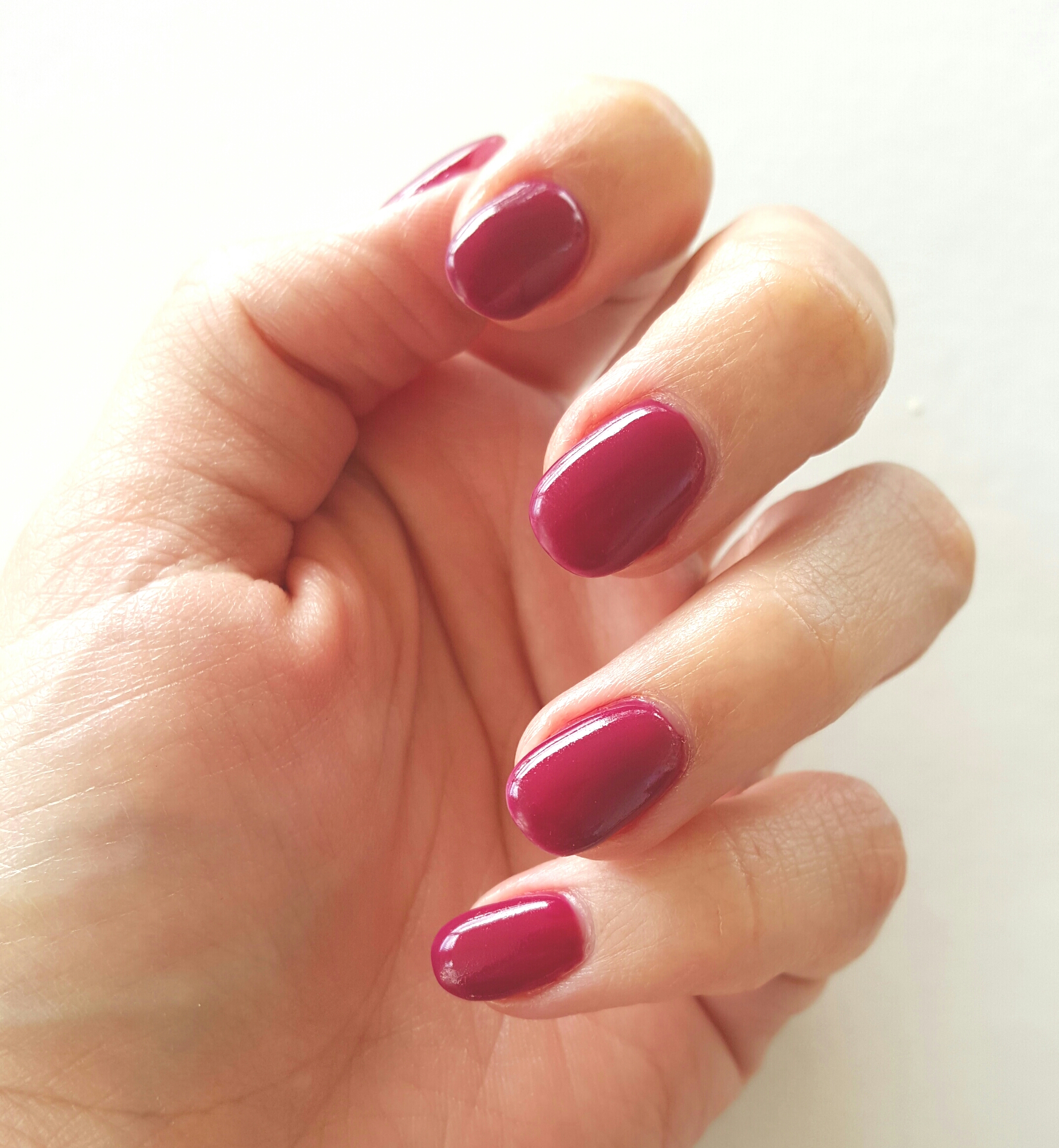 O.P.I GEL NAILS IN MIAMI BEET | The Beautorialist